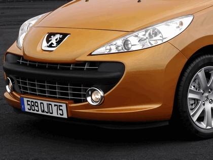 2006 Peugeot 207 5-door 13