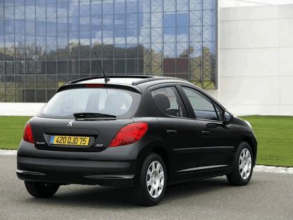 2006 Peugeot 207 5-door 21