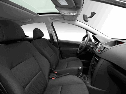 2006 Peugeot 207 5-door 27