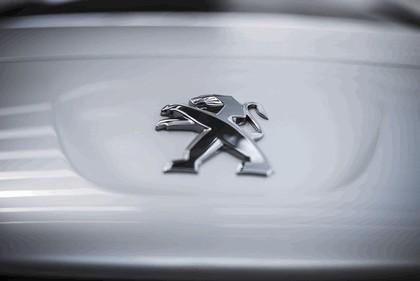 2013 Peugeot RCZ 25