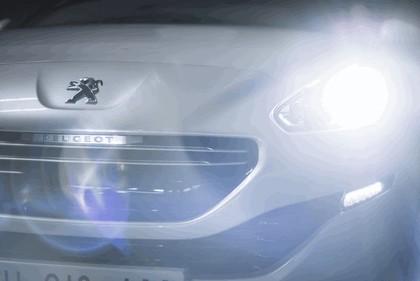 2013 Peugeot RCZ 26