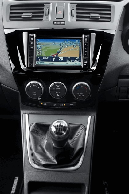 2012 Mazda 5 Venture Special Edition - UK version 32
