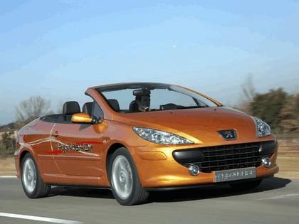 2006 Peugeot 307 CC HybrideHDi concept 7