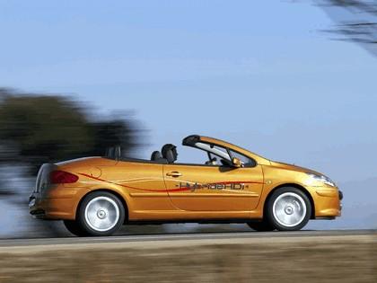 2006 Peugeot 307 CC HybrideHDi concept 8