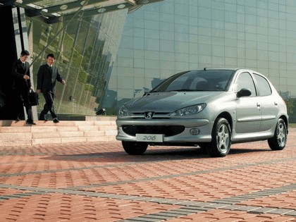 2006 Peugeot Dongfeng 206 1.6 5-door chinese version 2