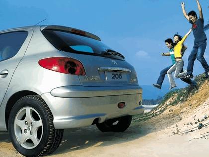2006 Peugeot Dongfeng 206 1.6 5-door chinese version 10