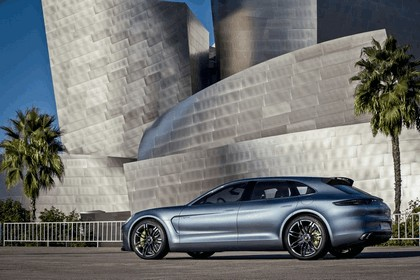 2012 Porsche Panamera Sport Turismo concept 28