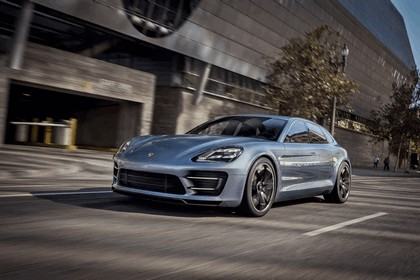 2012 Porsche Panamera Sport Turismo concept 31