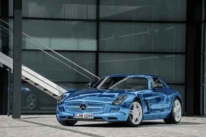 2012 Mercedes-Benz SLS AMG Electric Drive concept 22