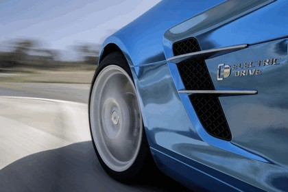 2012 Mercedes-Benz SLS AMG Electric Drive concept 26