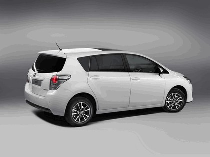 2012 Toyota Verso 3
