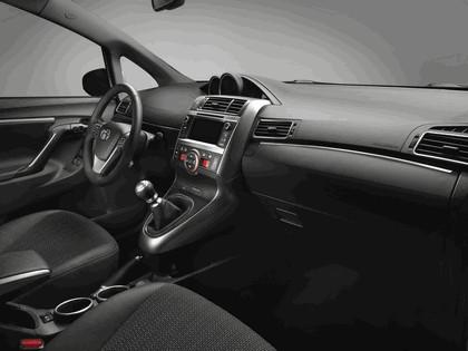 2012 Toyota Verso 10
