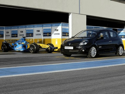 2006 Renault Clio Renault Sport and F1 10
