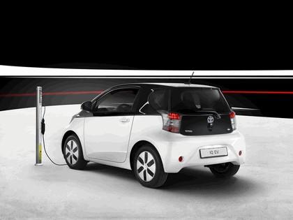 2012 Toyota iQ EV 6