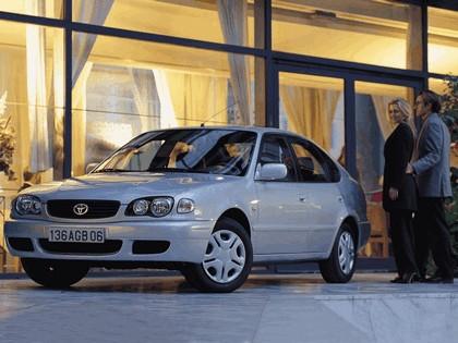 1999 Toyota Corolla 5-door 6