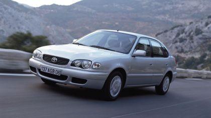 1999 Toyota Corolla 5-door 1