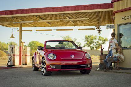 2012 Volkswagen Beetle cabriolet - USA version 1