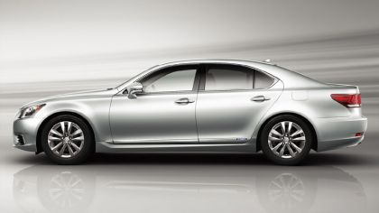 2012 Lexus LS600h - Japan version 5
