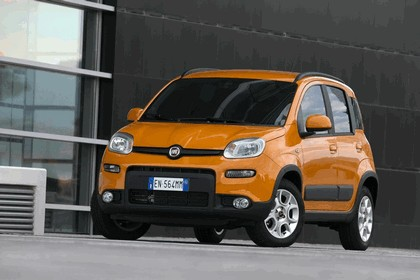 2012 Fiat Panda Trekking 1