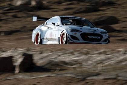 2012 Hyundai Genesis coupé - Pikes Peak 15