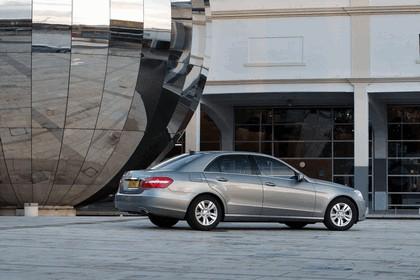 2012 Mercedes-Benz E300 Hybrid saloon 3