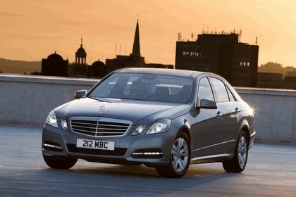 2012 Mercedes-Benz E300 Hybrid saloon 5