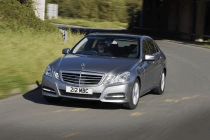 2012 Mercedes-Benz E300 Hybrid saloon 11