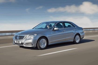 2012 Mercedes-Benz E300 Hybrid saloon 13