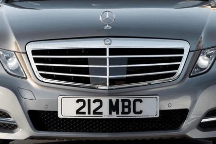 2012 Mercedes-Benz E300 Hybrid saloon 19