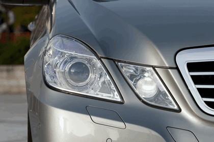 2012 Mercedes-Benz E300 Hybrid saloon 20