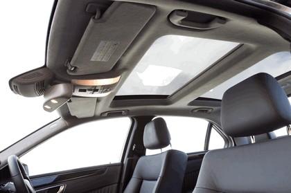 2012 Mercedes-Benz E300 Hybrid saloon 31