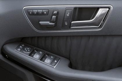 2012 Mercedes-Benz E300 Hybrid saloon 51