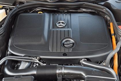 2012 Mercedes-Benz E300 Hybrid saloon 55