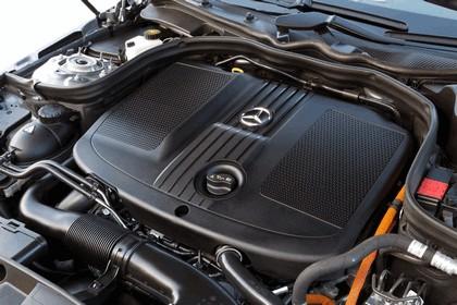 2012 Mercedes-Benz E300 Hybrid saloon 58