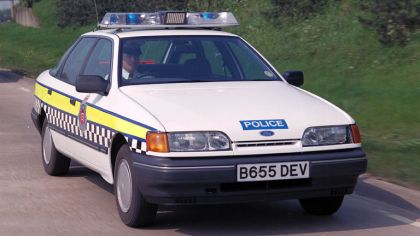 1990 Ford Granada Cosworth - Police car 3