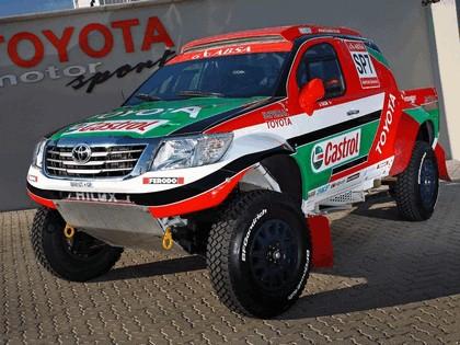 2012 Toyota Hilux rally car 7