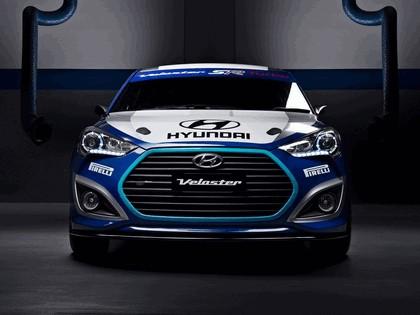 2012 Hyundai Veloster race car 3
