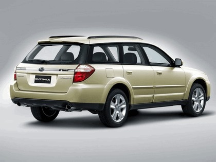 2006 Subaru Outback 2.5i european version 4