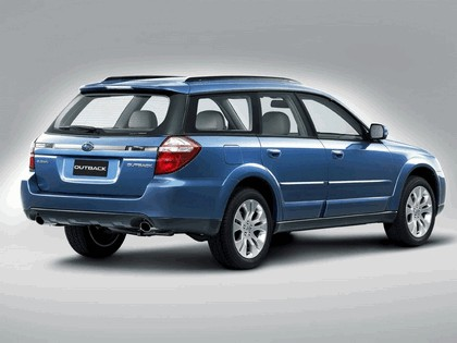 2006 Subaru Outback 3.0R european version 12