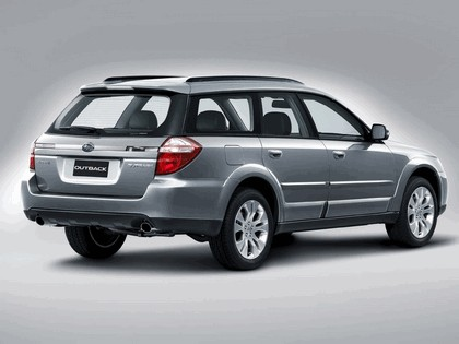 2006 Subaru Outback 3.0R european version 14