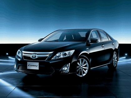 2011 Toyota Camry Hybrid - Japan version 1