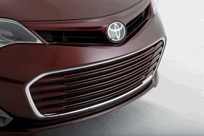 2012 Toyota Avalon Burgundy 3