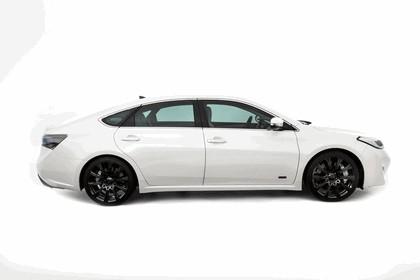 2012 Toyota Avalon White 2