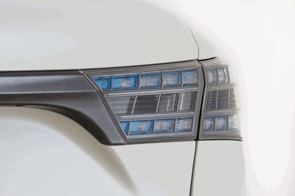2012 Toyota Avalon White 5