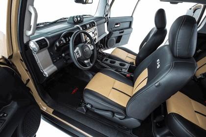2012 Toyota FJ-S Cruiser 11