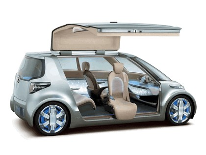 2006 Toyota Fine-T fuel cell hybrid concept 3