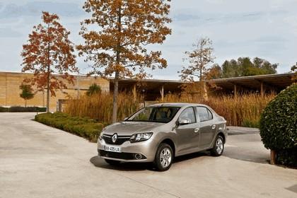 2012 Renault Symbol 1