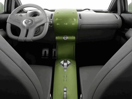 2006 Toyota Urban Cruiser concept 29