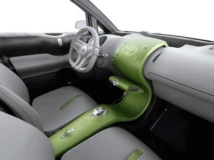 2006 Toyota Urban Cruiser concept 36