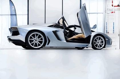 2012 Lamborghini Aventador LP700-4 roadster 16
